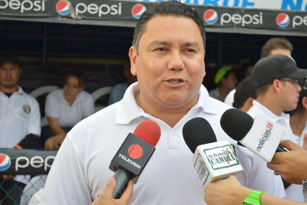 ¿Quién es Javier Bertucci?