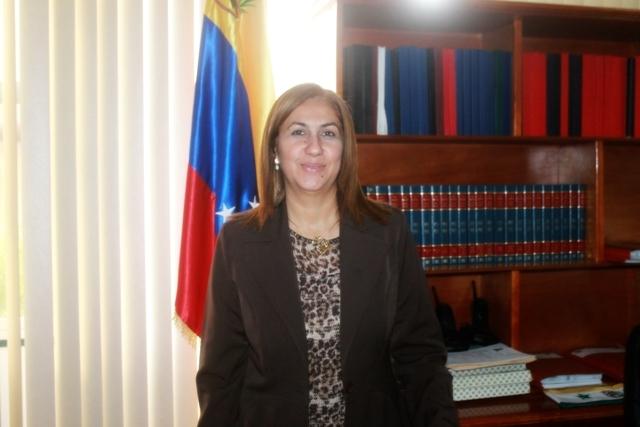 La alcaldesa Nidia Loreto invita a la colectividad a cumplir con sus derechos