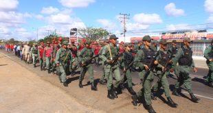 Representantes de diferentes cuerpos policiales dijeron presente en defensa de la paz