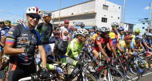 Unos 150 pedalistas animaron el ciclismo de la L feria de la Candelaria