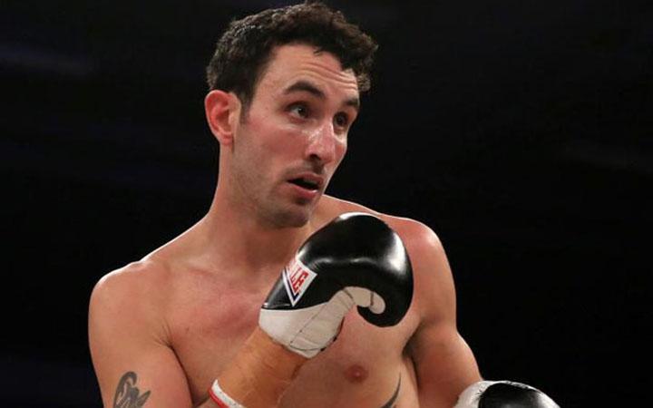 Fallece tras ganar un combate, boxeador inglés