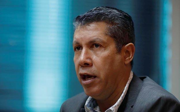 Sigue evaluando lanzarse a las presidenciales, Henri Falcón