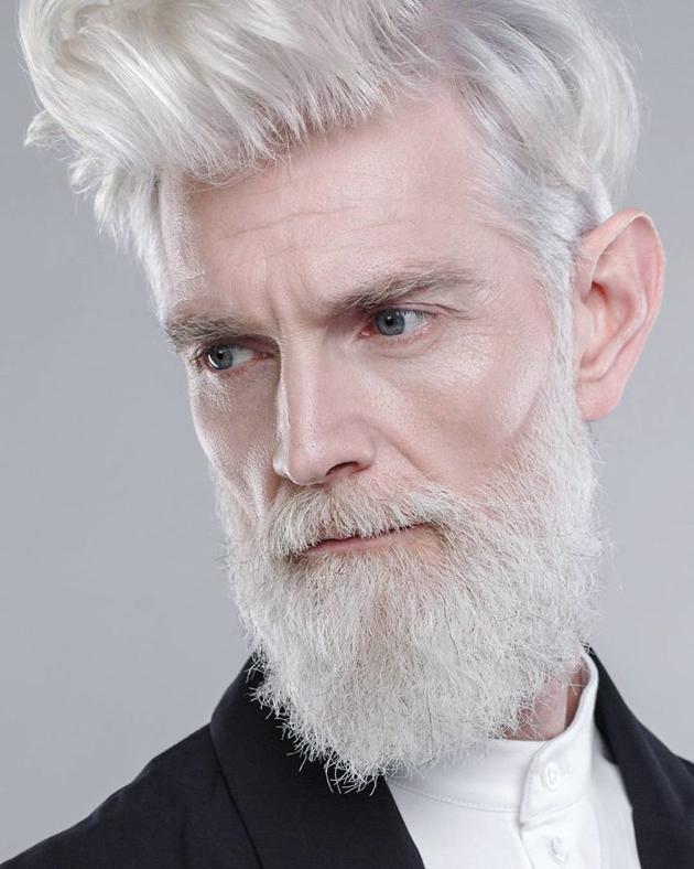 Modelos mayores de 45 años, son contratados por agencia de modelaje rusa