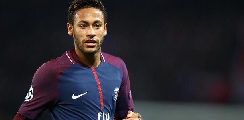 Neymar cumple 26 años y los celebrará en Paris