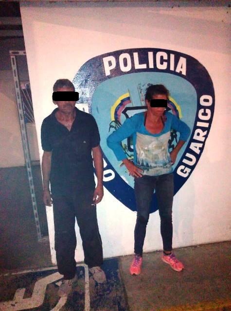Hombre y mujer capturados robando en supermercado