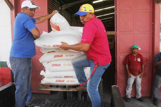 48 toneladas de harina fueron entregadas a las panaderías