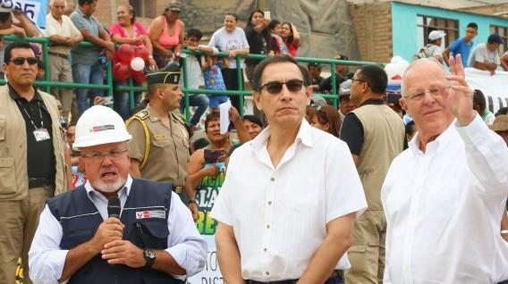 Martín Vizcarra asumiría la presidencia de Perú