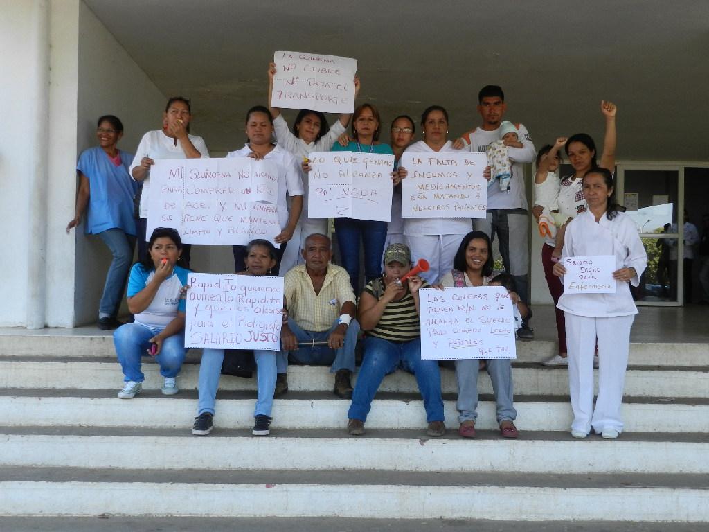 Protestaron a las afueras del hospital Dr. Rafael Zamora Arevalo de Valle de la Pascua.