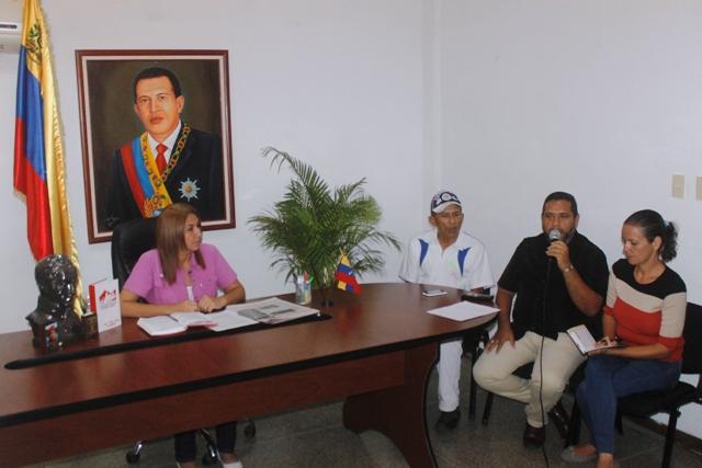 Estuvo acompañada por el presidente del (Iamdein), representantes de Cultura y Turismo