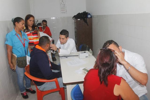 Pacientes recibieron atención durante la jornada de salud visual
