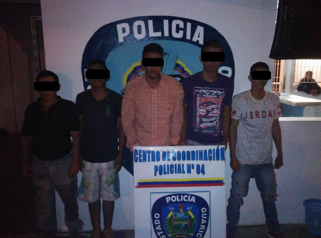 Fuero capturados luego de robar un vehiculo en la urbanización La Pua