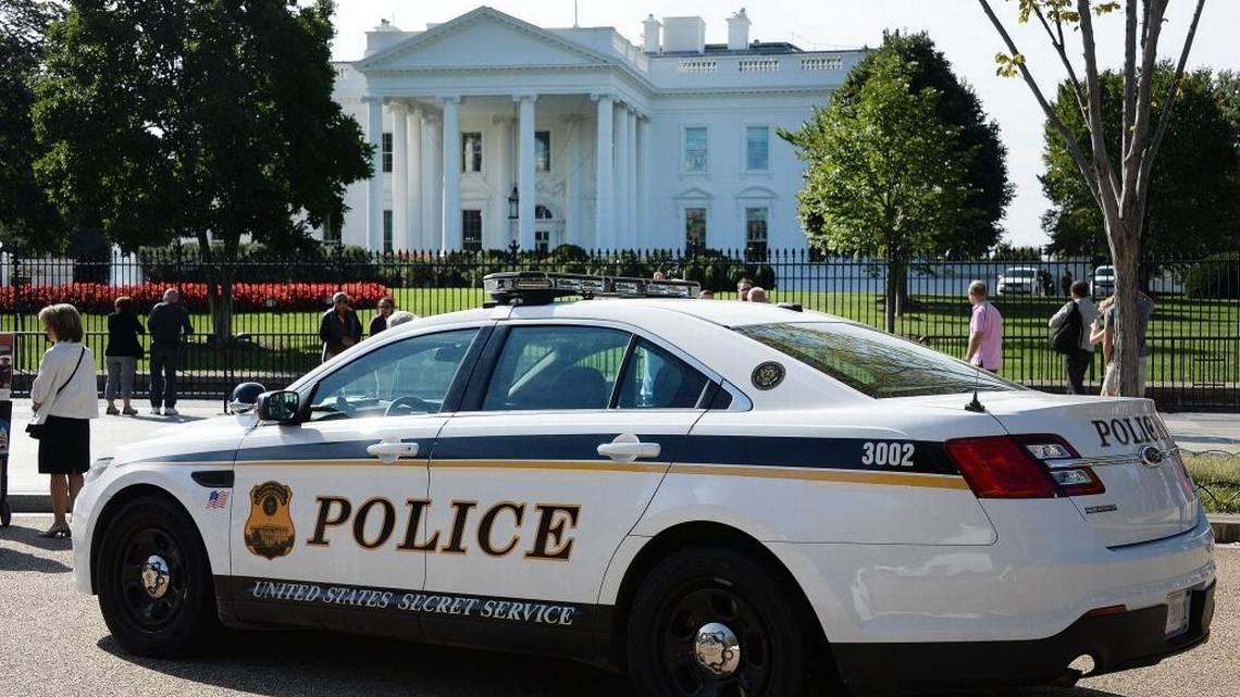 Un hombre se suicida frente a la Casa Blanca