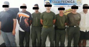 Los cinco GNB detenidos y los dos civiles los cuales habían robado en una finca de Anzoategui.