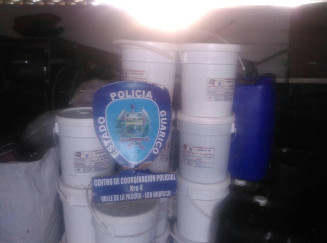 El aceite fue trasladado hasta el comando policial