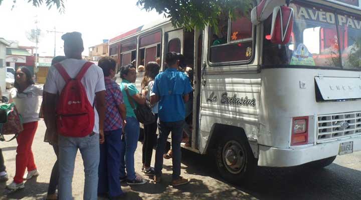 Los buses comenzaron a laborar con normalidad