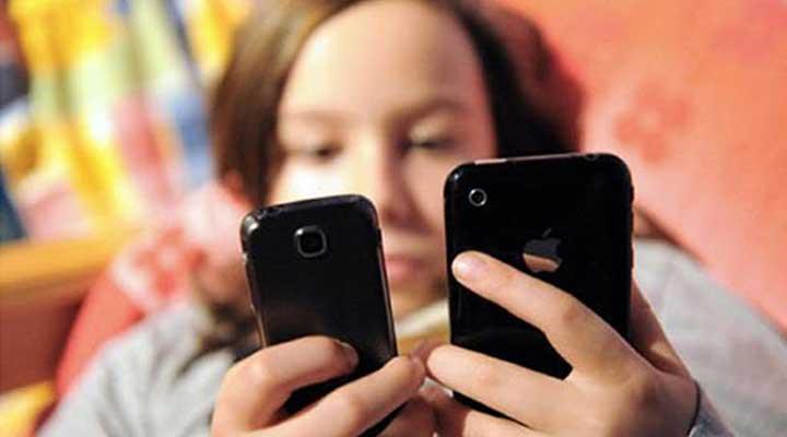 Nuestros niños son afectados cuando los padres padecen la Nomofobia