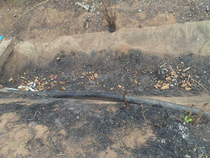A las afueras del hospital ejecutan quemas y residentes son afectados