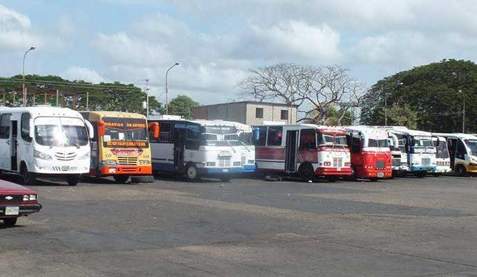 Transporte urbano en Valle de la Pascua se encuentra paralizado.