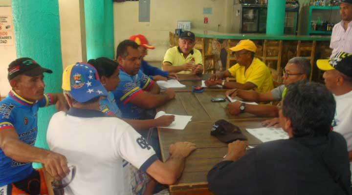 C Esteba Castillo da la bienvenida Convención Regional en Chaguaramas