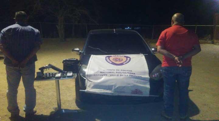 Dos hombres capturados en la calle 5 de Las Garcitas.