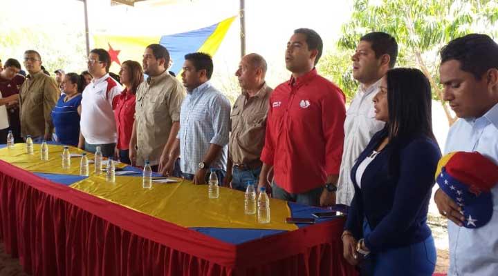 Autoridades presentes en el acto de expropiación de la finca del sobrino de Luisa Ortega Diaz