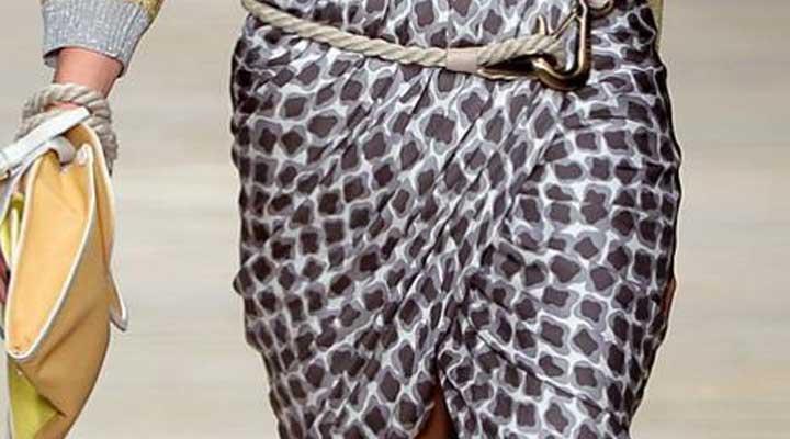 La falda pareo se adapta a cualquier silueta.