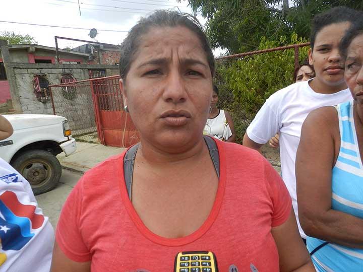 """Rucelis Diaz """"el candidato nos dijo que debíamos votar por él y nos cambiaba él voto por comida""""."""
