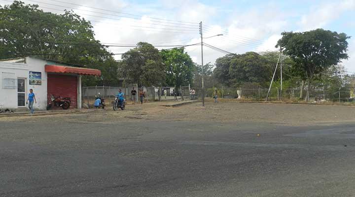 Centro de votación escuela básica Juana Josefa Vargas