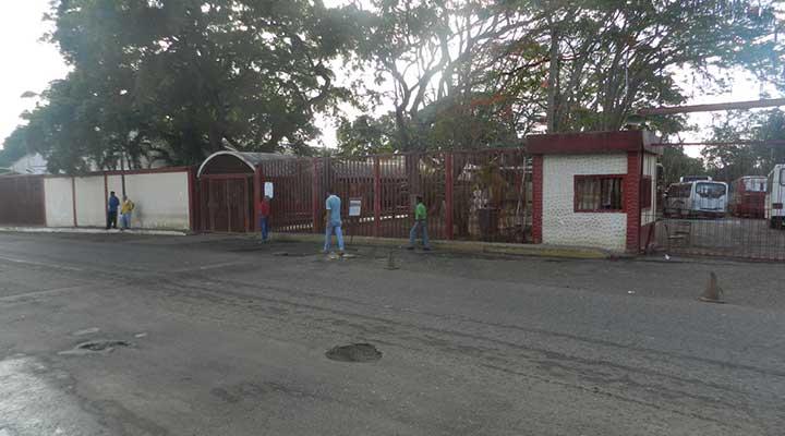 Centro de votación Instituto Universitario de Tecnología de los Llanos en horas de la mañana (8:00 am)