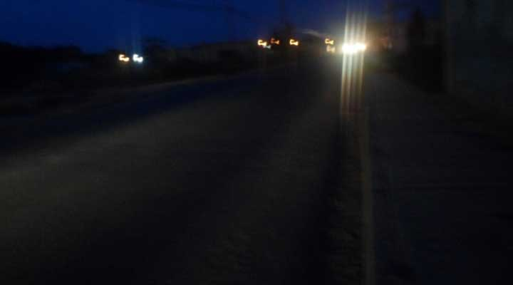 Esta es la avenida Monseñor Rafael Chacín Soto en la noche.