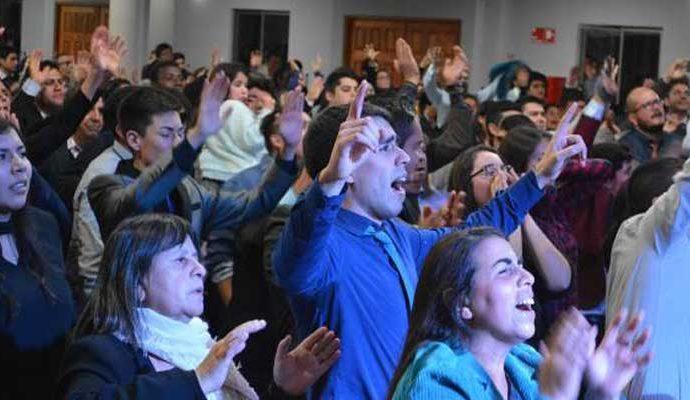 En el evento reinó una adoración en Espíritu y Verdad