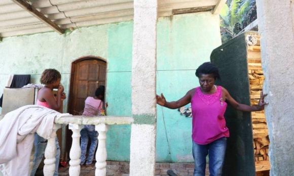 En esta vivienda ocurrieron los asesinatos múltiples de seis integrantes de una misma familia en Brasil