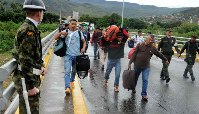 Aproximadamente 240 personas han sido asesinadas por los enfrentamientos entre la guerrilla en la frontera
