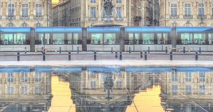 Espejo de agua para amar a Burdeos