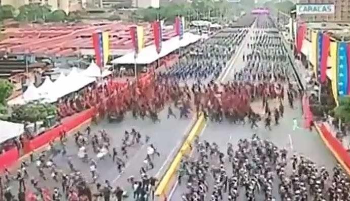Atentado Nicolas Maduro panico multitud