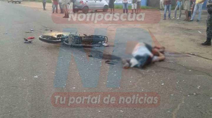 El cuerpo quedo en el medio de la Av. Jose Felix Ribas de Valle de la Pascua.