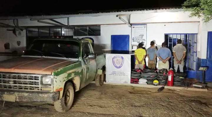Los cuatros sujetos fueron capturados de manera flagrante cuando desvalijaban un taladro de PDVSA.