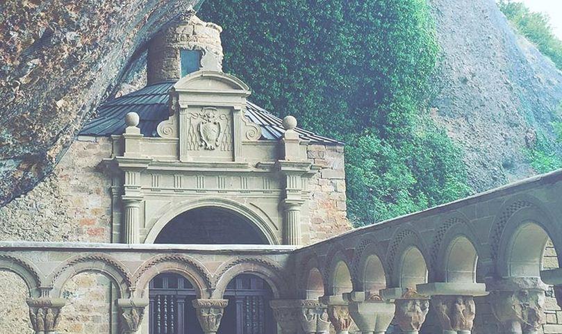 Monasterio de San Pedro en el paso por Aragón