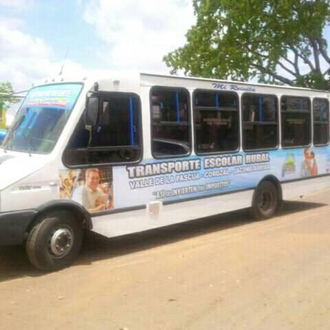 De las unidades de transporte entregadas en el gobierno anterior solo esta en funcionamiento una.