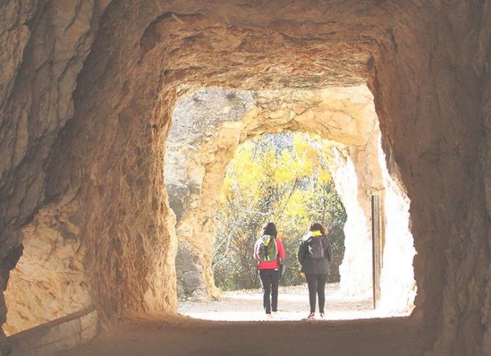 Cuevas de Requena