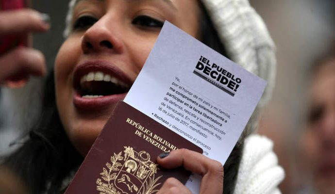 Ecuador se encuentra examinando la posibilidad de flexibilizar la solicitud de documentos