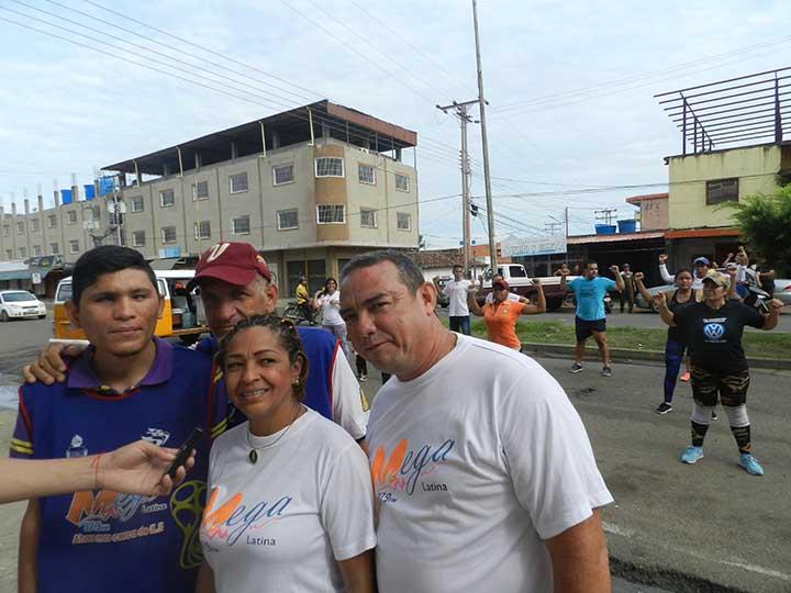 Karol Marrero y Sony Flores al frente de Mega Latina 97.9 FM (3)