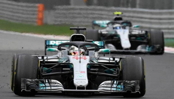 Bottas y Hamilton mantuvieron entretenidos a los fanáticos