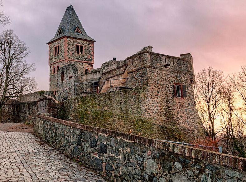 Castillo de Frankentein en Alemania.