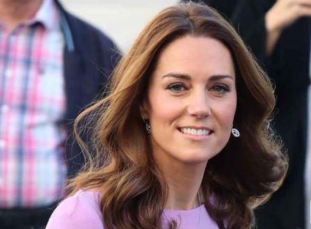 Kate elegante y serena