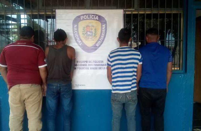 Sujetos capturados en el sector La Vega de Las Campechanas, municipio Infante.