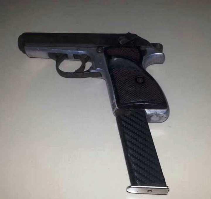 Pistola marca Harriburg, calibre 280, serial 33843, solicitada por la justicia venezolana.