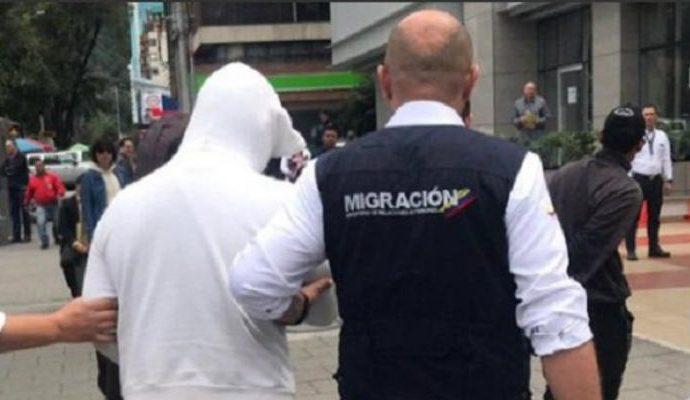 Una red de falsificadores de documentos para migrantes extranjeros fue desmantelada