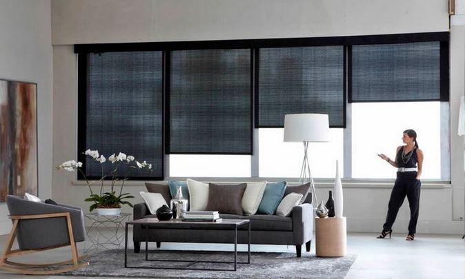 Beneficio de las ventanas motorizadas en lujo, confort y modernismo