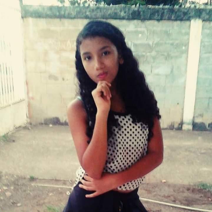 Franseulis Barbara Nazareth Diaz Diaz de 13 años recibio una descarga electrica que le provocó la muerte.